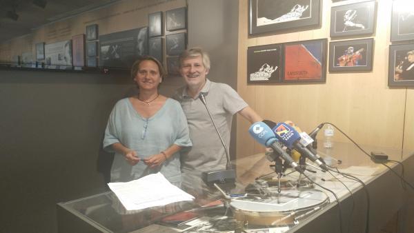 Paula Labordeta y Gaizka Urresti en la presentación de las actividades que va a realizar la Fundación José Antonio Labordeta.