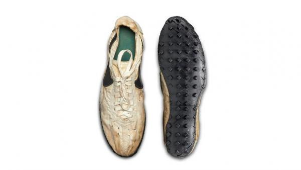 Shoe' En Por Unas 435 Una 'moon Pagan Dólares De Nike Más 000 Subasta VSzpqUMG