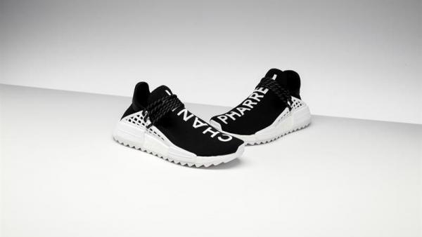 Zapatillas Adidas diseñadas por Pharrell Williams y Chanel