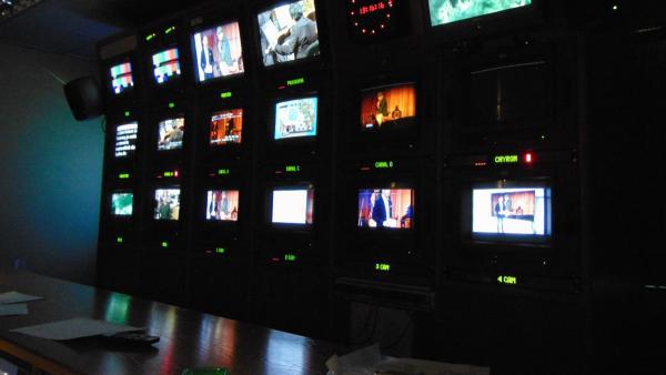 Recurs IB3, plató, televisió