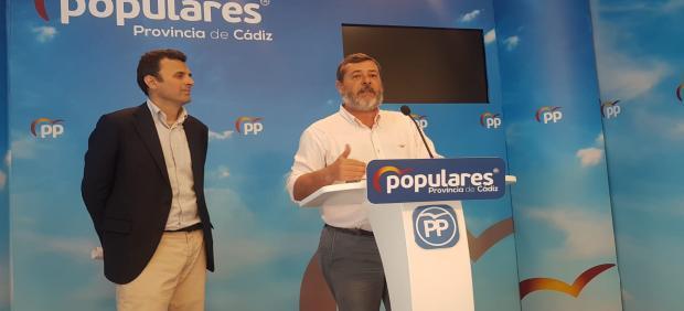 Alfonso Candón y Bruno García en la sede del PP
