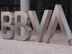 BBVA no permitirá operaciones en efectivo en ventanilla en algunas sucursales