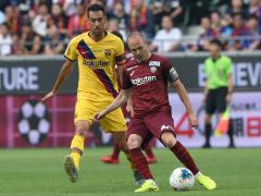 Iniesta, del Vissel Kobe, contra el Barcelona