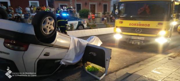 Vehículo siniestrado con un fallecido en San José del Valle (Cádiz)