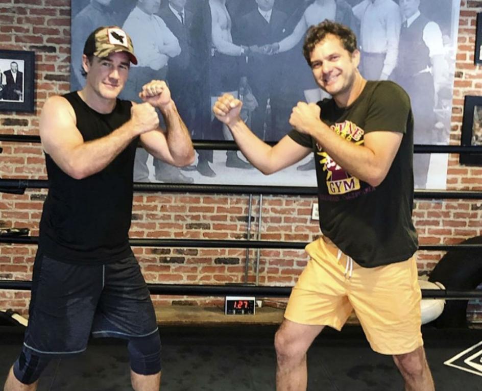 James Van Der Beek (Dawson) y Joshua Jackson (Pacey).