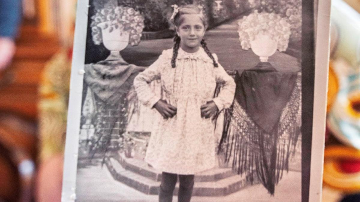 Una española recupera, 80 años después, una foto suya de niña confiscada a su padre en Mauthausen