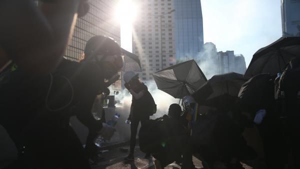 Resistiendo bajo el gas lacrimógeno