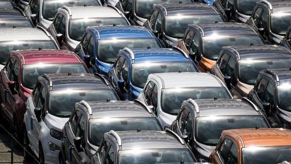 El sector del automóvil genera una recaudación pública de casi 30.000 millones