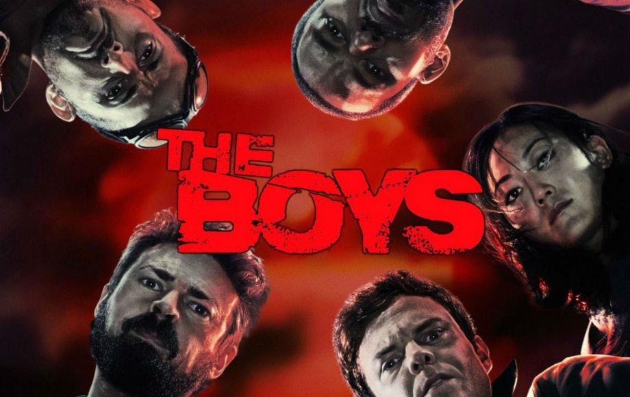 Por la riqueza de sus personajes. 'The Boys' no es otra serie más de superhéroes y lo deja claro desde el primer episodio. Para empezar sus personajes son muy variopintos, están muy bien construidos y tienen mucha personalidad.