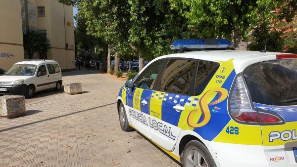 Coche de Policía Local de Sevilla