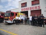 Bomberos de Oropesa junto al presidente de la Diputación de Castellón