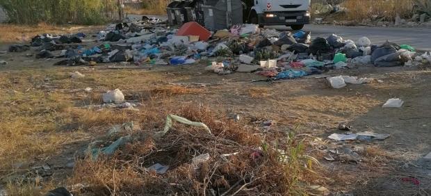 Vertedero en El Zabal denunciado por Ecologistas en Acción