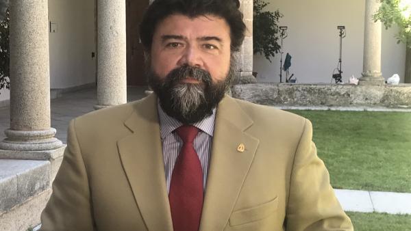 El secretario general de la Creex, Javier Peinado, en una foto de archivo