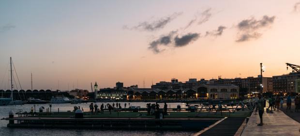 Cine desde el agua en La Marina
