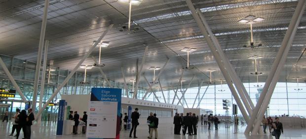 Nueva Terminal De Lavacolla (Santiago De Compostela)