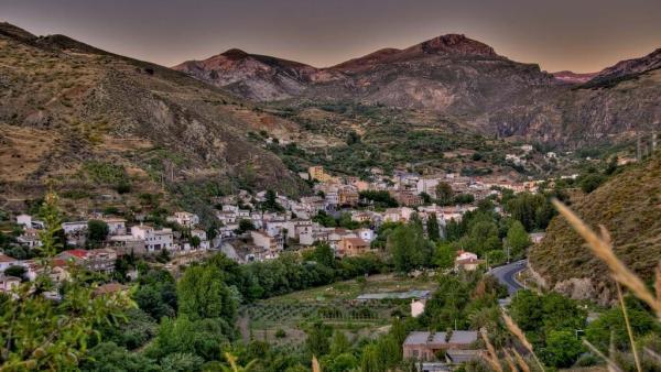 Imagen de archivo de Monachil, en Sierra Nevada (Granada)