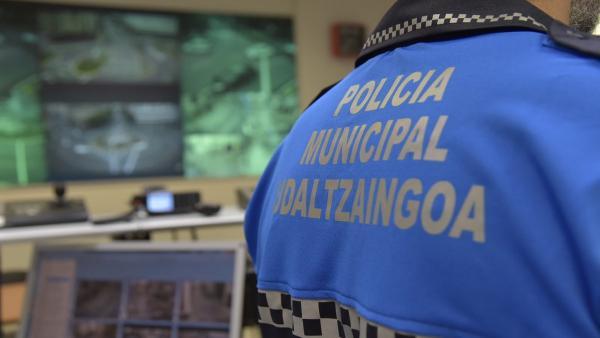Un agente de Policía Municipal de Pamplona