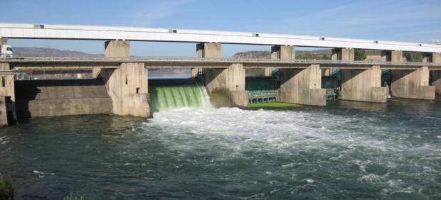 Desembalse de agua