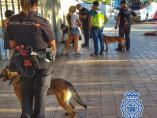 Actuación de la Policía Nacional con perros