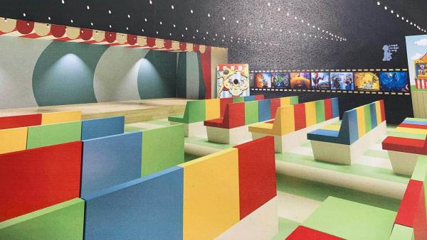 Espacio de cine para los niños ingresados en el Hospital Infantil