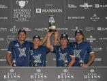 Los miembros del Ayala Polo Team tras su victoria