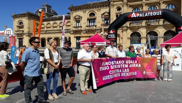 Concentración contra las últimas agresiones sexistas en San Sebastián