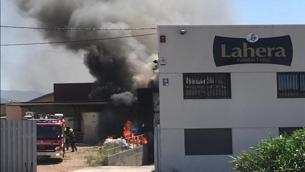 Patatas Lahera sufre un nuevo incendio, esta vez sin daños importantes