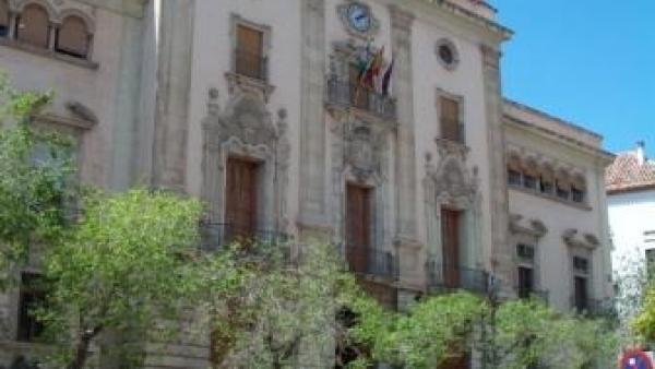 Fachada del Ayuntamiento de Jaén.