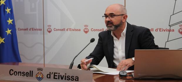 El conseller de Presidencia y Gestión Ambiental de Ibiza, Vicent Roig