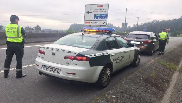Control de la Guardia Civil de Tráfico de A Coruña.
