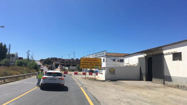 [Grupohuelva] Nota De Prensa Y Fotos De Hoy Martes 20 De Agosto Sobre Inicio De Obras En Carreteras De Moguer Y Escacena Del Campo