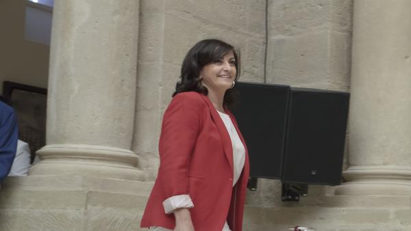 La candidata socialista a la presidencia de La Rioja, Concha Andreu, llega al Parlamento de La Rioja para la segunda sesión del pleno de investidura para la elección de la presidenta del Gobierno regional.