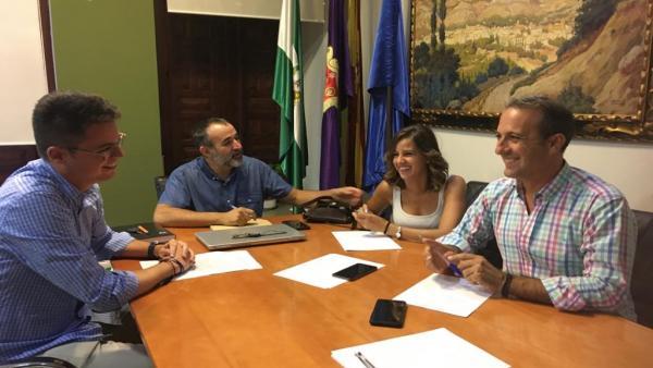 Encuentro para preparar la jornada 'Jaén destino aventura'.