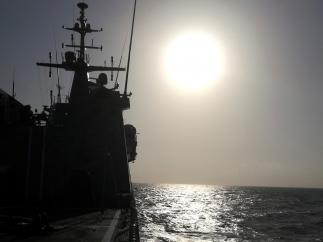 El Audaz navega hacia Lampedusa