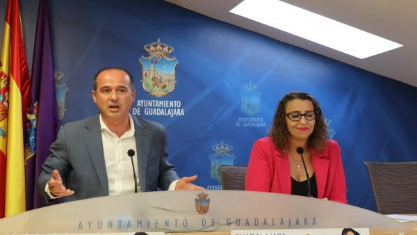 El alcalde de Guadalajara, Alberto Rojo, en rueda de prensa