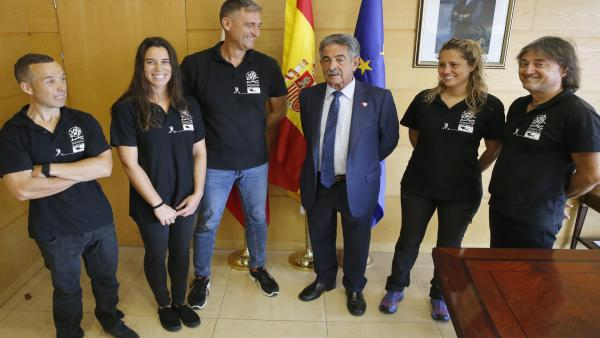 Camino De Santiagua. Presidente. Revilla