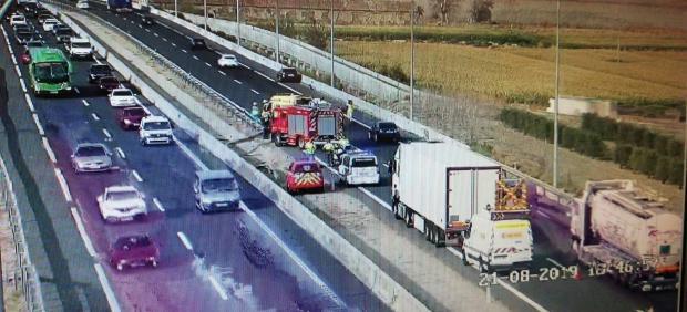 Imágenes de la colisión múltiple ocurrida en el kilóemtro 43 de la autovía A-4 a la altura de Seseña