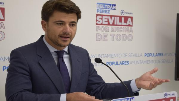 El portavoz del PP de Sevilla, Beltrán Pérez