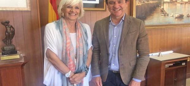 Daniel Sánchez y Teófila Martínez