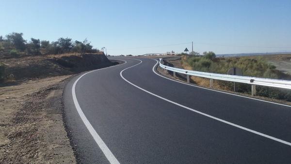Finalizan las obras de la carretera de Casas de Millán