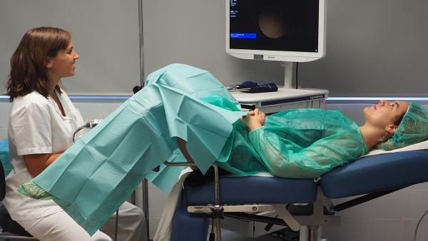 Gabinete para histeroscopias ambulatorias