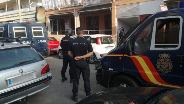 Agentes de Policía Nacional.