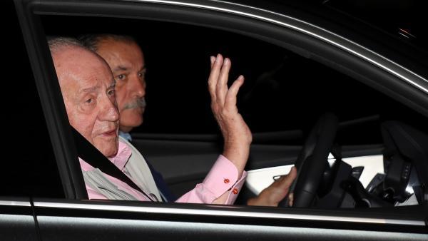 El rey Juan Carlos, llegando a la Quirón