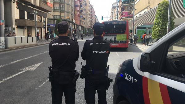 Agentes de Policía Nacional en Alicante en imagen de archivo