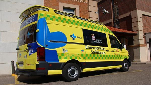 Siete heridos, entre ellos tres menores, en la colisión entre dos turismos en León
