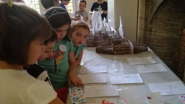 Niños en el porgrrama 'Mi Palacio de Verano' del Alcázar