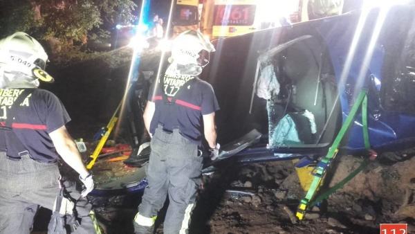 Bomberos 112 en un accidente en Cayón