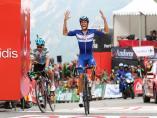 El ciclista español Enric Mas (Quick-Step Floors), tras ganar una etapa en la Vuelta a España 2018.