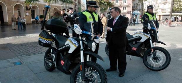 Policías locales de Cádiz
