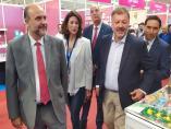 El vicepresidente de C-LM, José Luis Martínez Guijarro, visita la feria Naturama de Cuenca